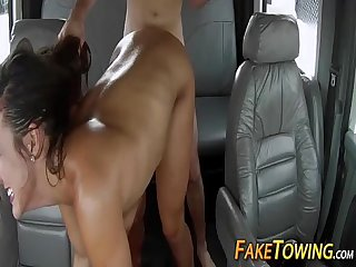Tow truck sex with desperate amateur