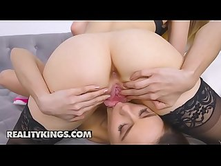 We Live Together - (Shyla Jennings, Kristen Scott )- The Hook Up - Reality Kings