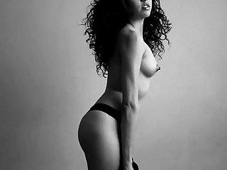 Melody petite sexoservidora putita en sesion de fotografica