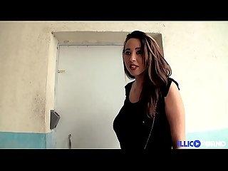 Shaden est un sacre e cochonne elle baise devant son patron full video