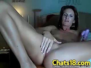 Diosa madurita milf gringa increible cuerpo rubia se masturba con consolador le gusta fuerte y coger