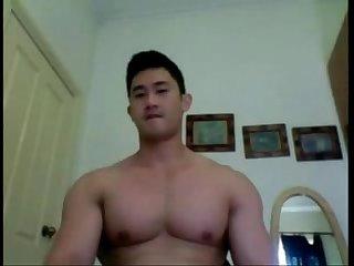 Chino de combate se desnuda