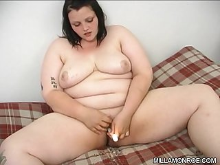 Milla S candle