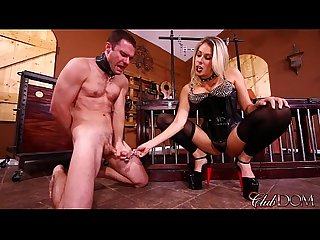 Goddess Nikki Brooks Controls Her Sissy Maid