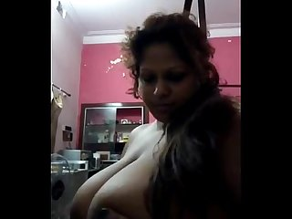 Desi Bhabi showing her big boobs