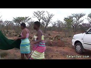 Sexo na africa no meio do safari negras lindas e gostosas vale a pena conferir