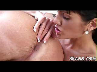 Babe sucks one-eyed monster and bounds on it in hardcore xxx scene