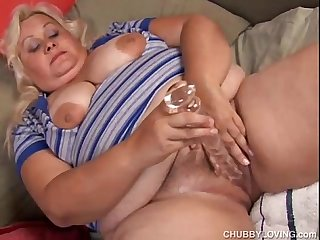 Mature bbw is a squirter