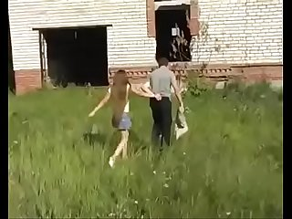 Young girl fucked in an abandoned construction site