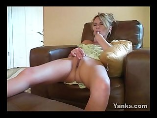 Milf sydney masturbating well