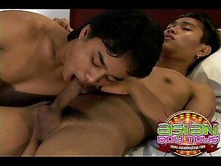 Deep throat asian boys