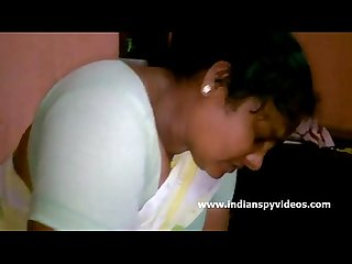 Mature Indian Bhabhi Big Tits - IndianSpyVideos.com