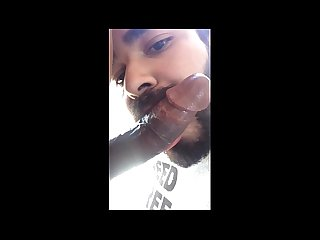 Barbudo chupando a pica do nego www prazergay com Br