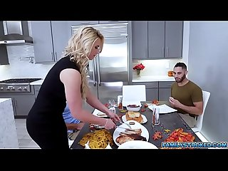 Busty MILF Phoenix Marie takes 2 giant cocksQUALITY RENDER MP4[0]