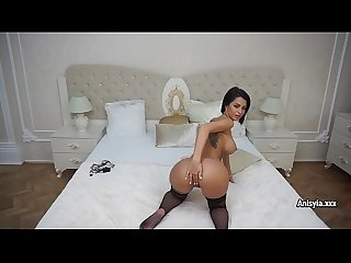 Pornstar anisyia shows her amazing body and play with sex toys