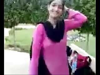 Pakistani randi in park