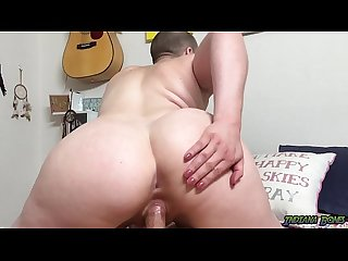 Fucking Big Booty Slut Riley Nixon