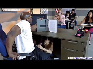 Tia cyrus gives her prof a blowjob in front of classmates