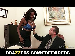 Ebony bra model diamond jackson shows her boss she can Fuck