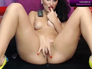Naked brunette Keishacandy9 on cam