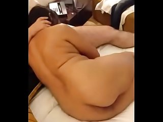 Indian cuckold wife sucking fucking hubby boss in hotel