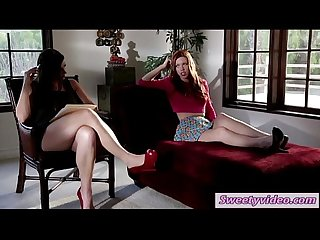 Pepper kester and therapist sovereign syre licking each other