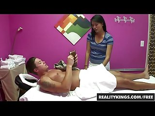 Asian angelina chung gives some joyful jerking after massage reality kings
