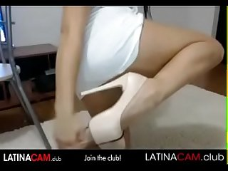 Amazing Booty Latina Dancing on cam - latinacam.club