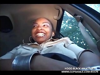 Thick black whore with a big booty plays with her pussy in car