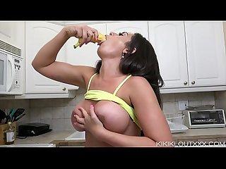 Kiki's Blowjob Instruction and Banana Fuck