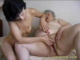Videos hefty grannys fisting fucking found site