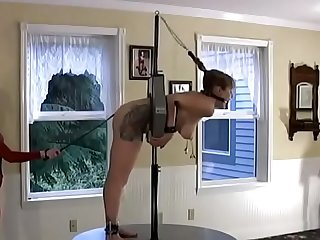 party-display-free-slave-hd