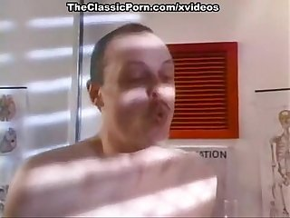 Kathlyn Moore, Colleen Brennan, Karen Summer in classic sex clip