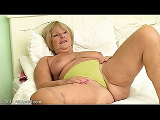 Granny samantha t