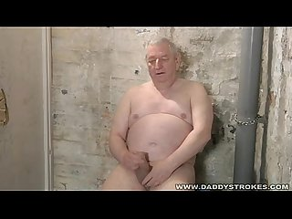 Chubby mature silverdaddy jerking off