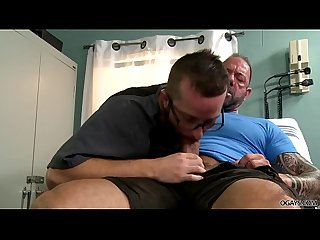 Injured Daddy assfucked his Doctor in the hospital