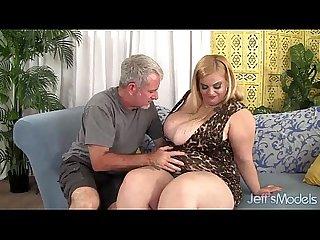 Sasha Juggs 8 min