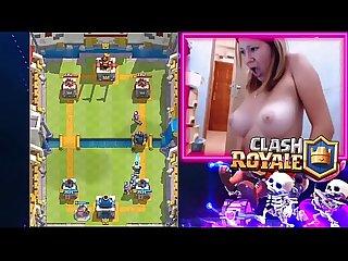 Chica GAMPLAYER masturbandose en vivo mientras jugaba CLASH ROYAL