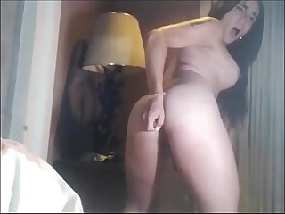 Hot shemale screaming orgasm & cumshot - TScamdolls.com