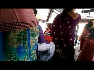 Big Back Aunty in bus more visit indianvoyeur.ml