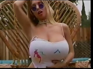 Porno miss big tits what her name
