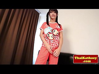 Tranny ladyboy solo plays with dildo