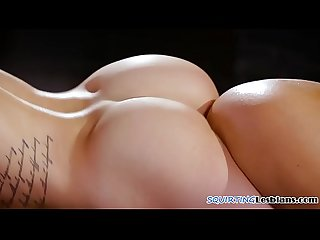 Erotic babes tribbing and squirting