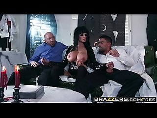 Brazzers - Mommy Got Boobs - (Toni Ribas) - Hellvira Mistress Of The Fuck