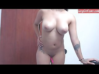 Cam model with sexy figure - www.JuicyGirlCams.com