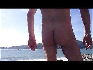 Coroa pauzudo tocando punheta na praia www prazergay com br