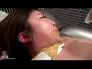 Japanese amateur girl vomit reverse playback