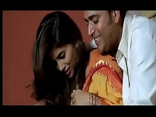 Hot Sex scene sonali kulkarni in Saree with ravi kishen