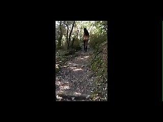 Yasmina Beurette Salope S exhibe et se fait fourrer dans les bois