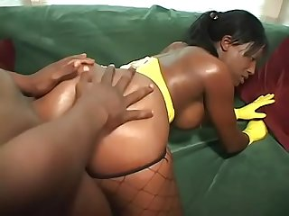 Young slut in fishnets cinna bunz takes a huge black cock in her mouth